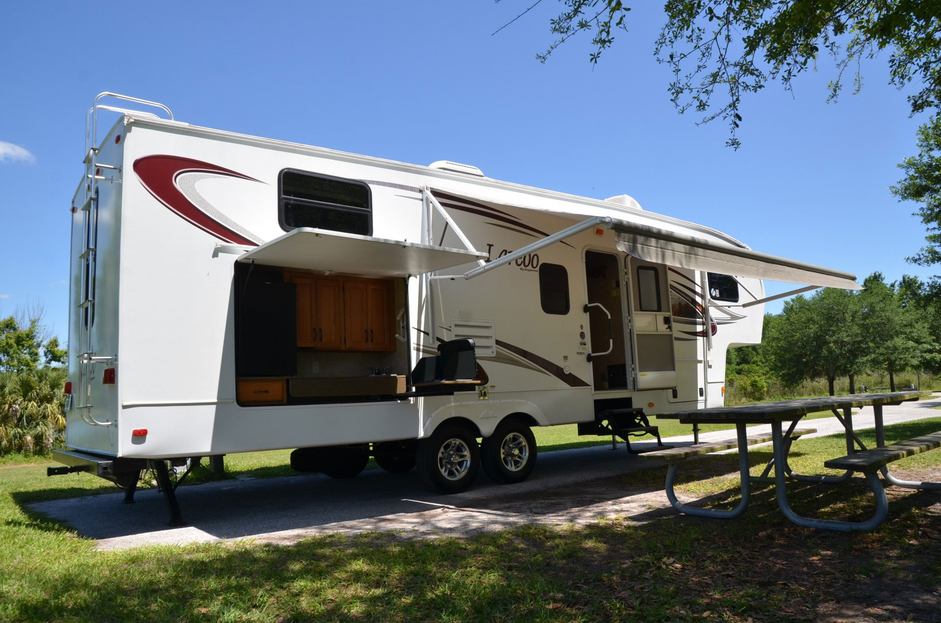 Keystone Laredo Travel Trailer Rental